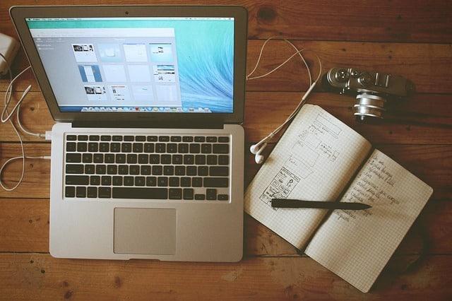 Legyél te is blogger, és keress havonta több százezret! #szabadúszó #blogger #oktatás