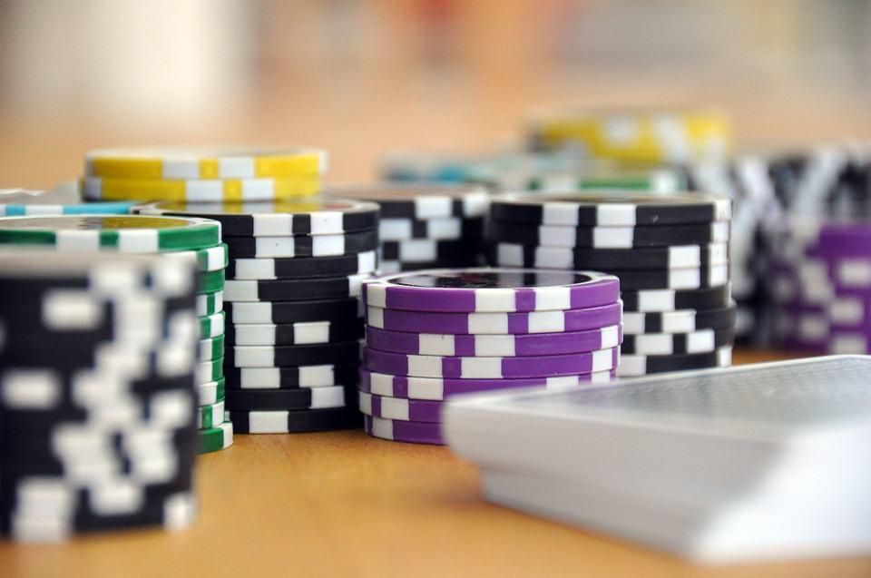 Álláslehetőség – Poker kártyadealer/osztó + oktatás, tanfolyam