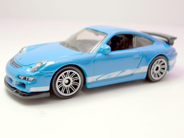 Porsche játékautó -elhagyott tárgyak Flickr